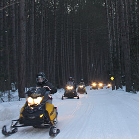 snowmobile tours muskoka and haliburton